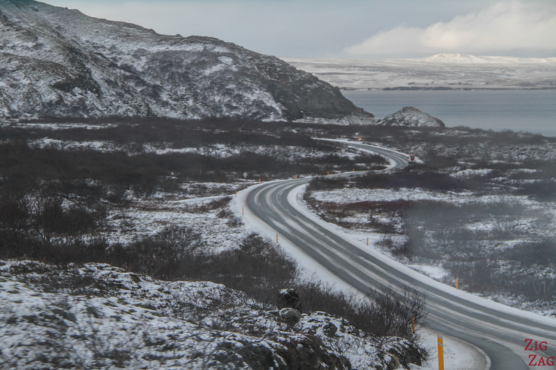 Driving the Golden circle in Winter 3