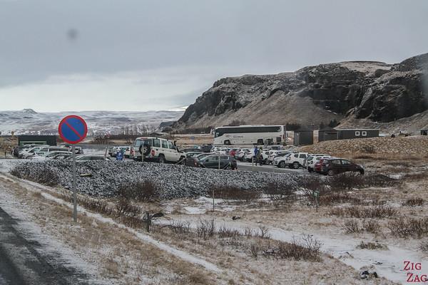 Accès en Hiver à la cascade de Seljalandsfoss - Route et parking