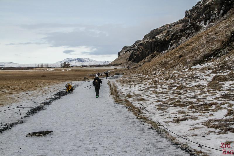 Chemin Seljalandsfoss vers Gljufrabui 2
