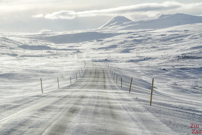 Driving in Iceland in Winter 2
