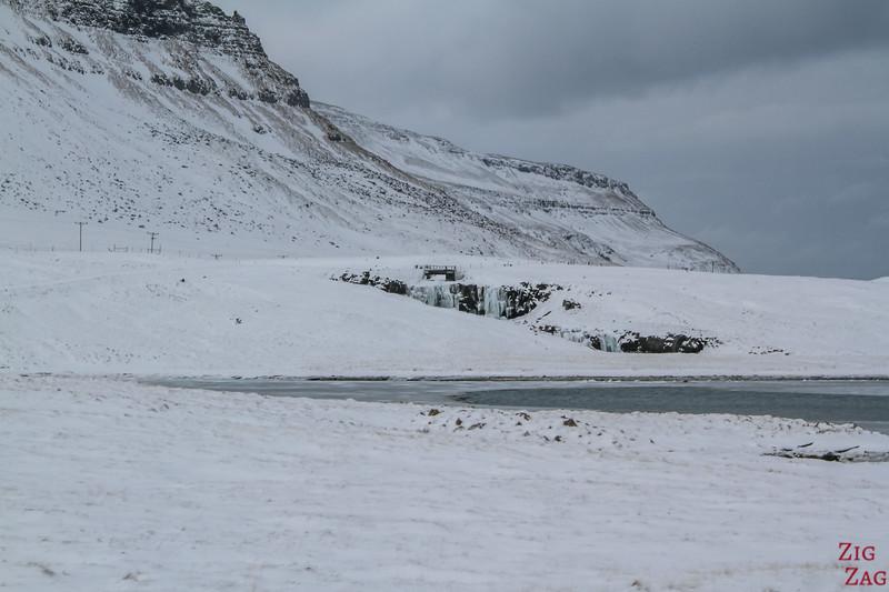 Driving to Kirkjufell - waterfall view