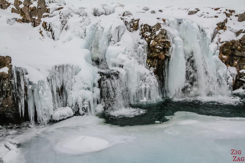 Kirkjufellsfoss in Winter 7