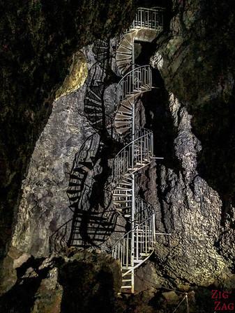 staircase in Vatnshellir Cave