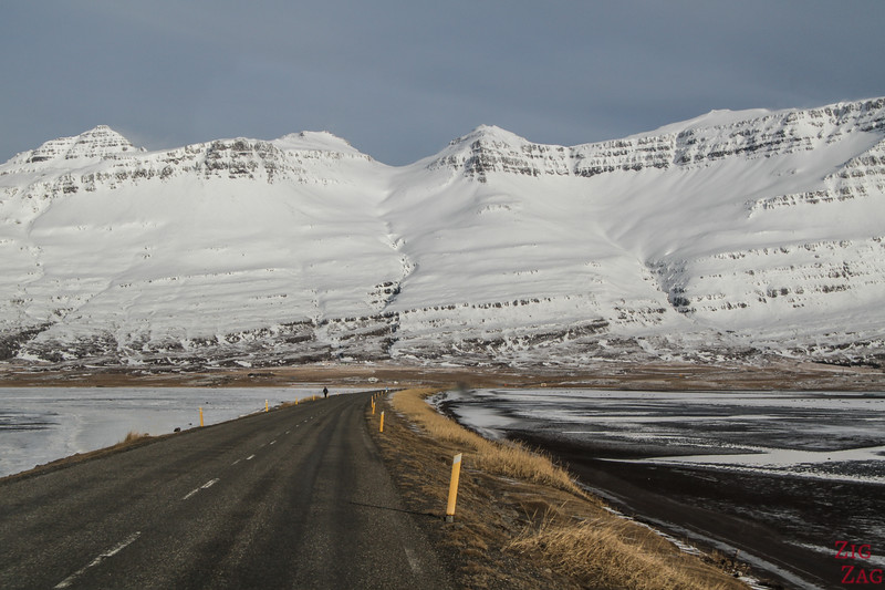 Iceland Winter driving conditions - clear road