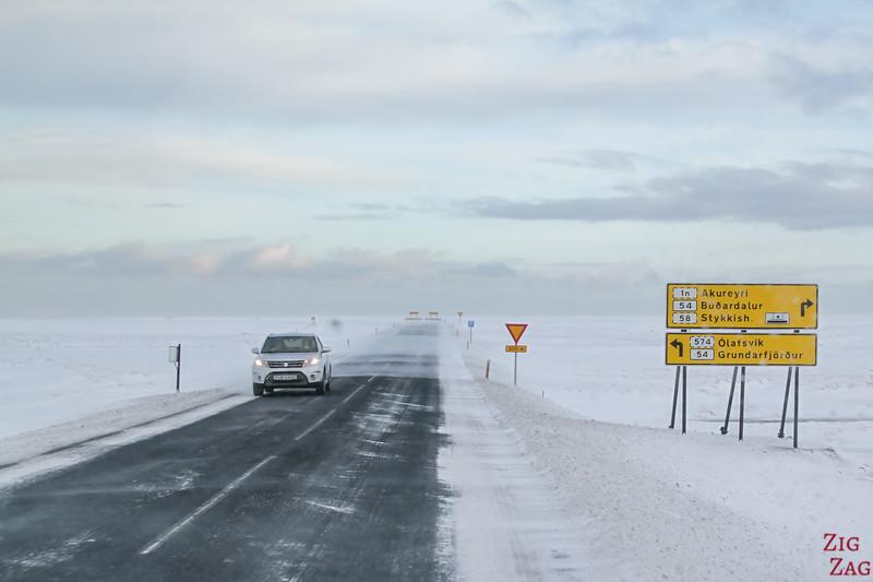 Signalisation routière Islande