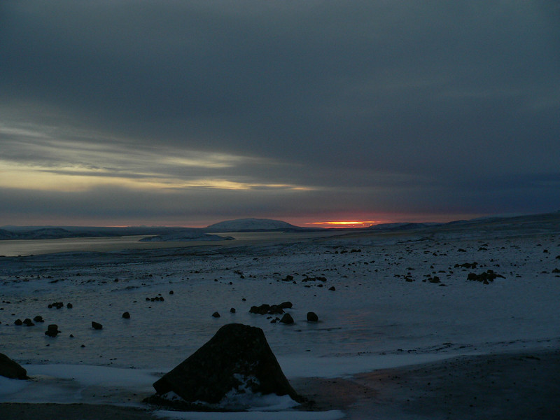 Sunrise over Þingvallayatn.