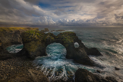 Gatklettur Coast_Arch Rock