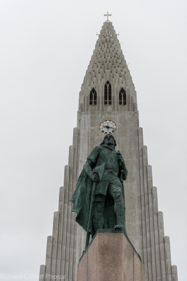Lutheran Church in Reykjavik, Leif Eiriksson statue in front.