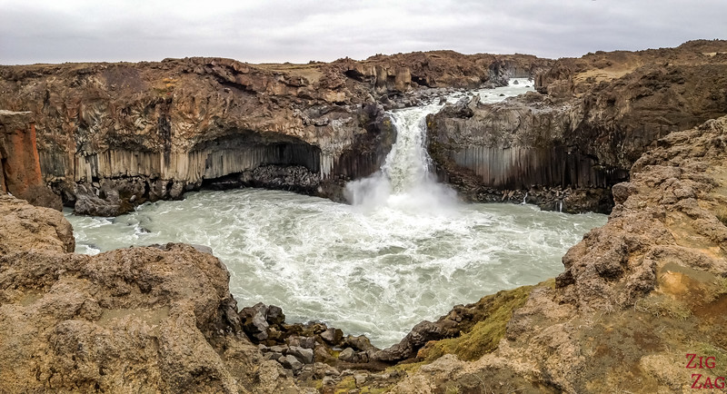 waterfall of Aldeyjarfoss Iceland 3