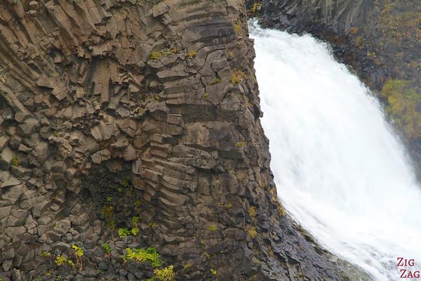 Basalt columns of Hjalparfoss