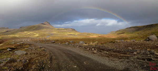 chasin a rainbow on road F570, Snaefellsjokull