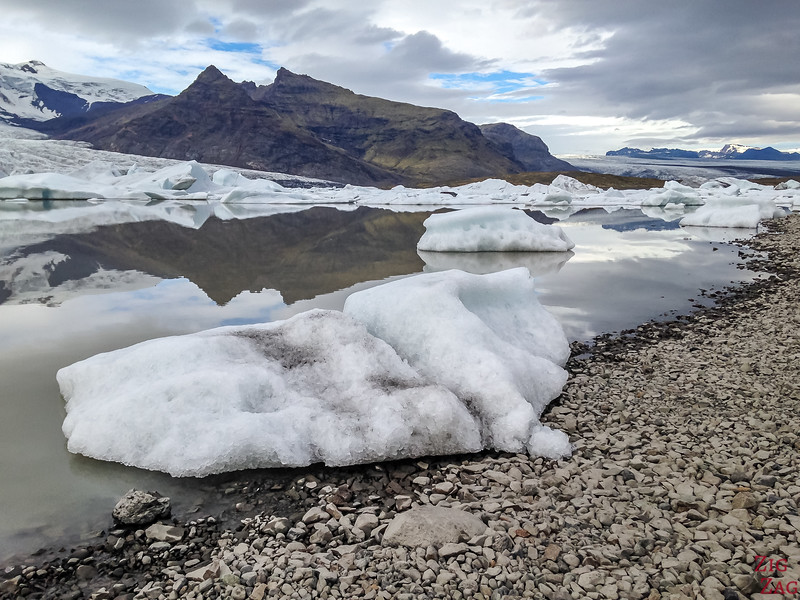 The Icebergs of the Fjallsárlón glacier lagoon Iceland 3