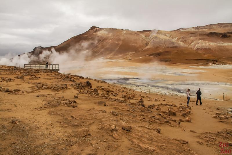 Bassins de boue à Namaskard