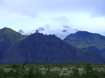 Back at the coast, heading towards the east coast - Skaftafell glacier.