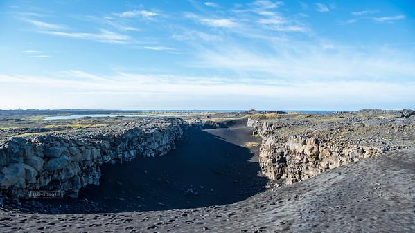 Mid-Atlantic Ridge near Sandvík on Reykjanes Peninsula, Iceland
