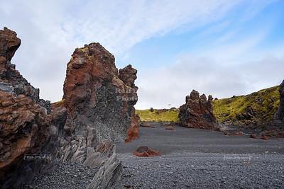 Djúpalón Beach in Snæfellsjökull National Park, Iceland