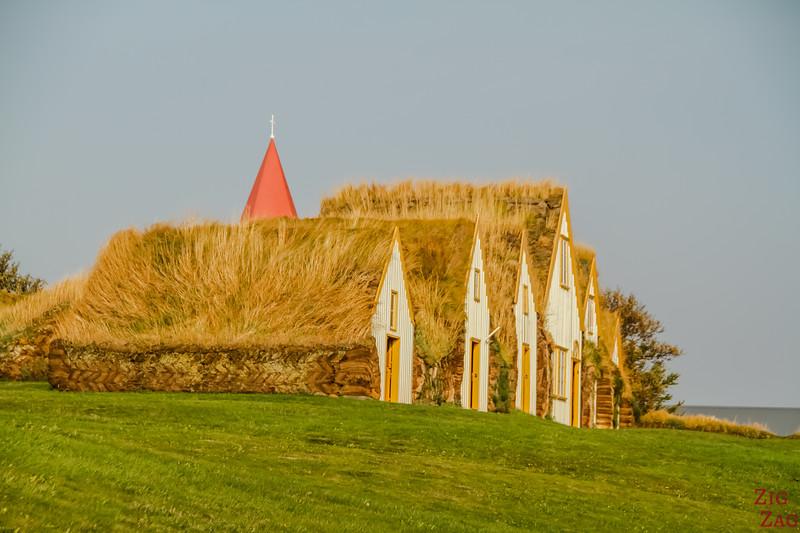 turf houses - Glaumbaer Iceland