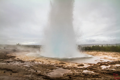 Where to go on Iceland road trip - SOUTH WEST ICELAND - geysir