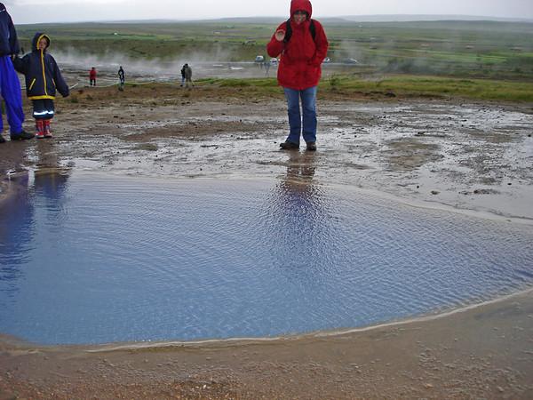 Geothermal hot springs. Is that Cyndie in the red jacket?)