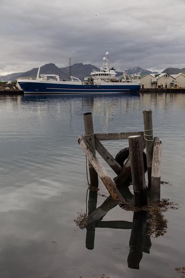 Höfn harbour
