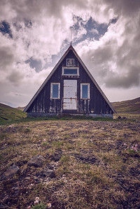 Camp Hut - Snaefellsness Peninsula