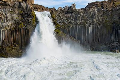 Foss- Iceland