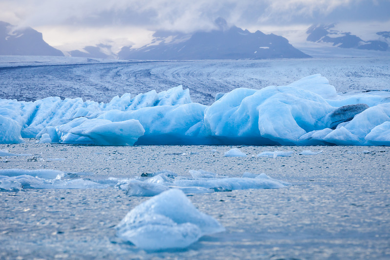 Jökulsárlón - glacial lagoon with Vatnajökull glacier in background, South Iceland