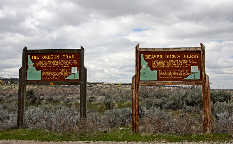 <b>The Oregon Trail/Beaver Dick's Ferry Markers</b> - These markers are in Boise, Idaho, in Ada County, on Warm Springs Avenue (at milepost 7). We were heading toward Diversion Dam.