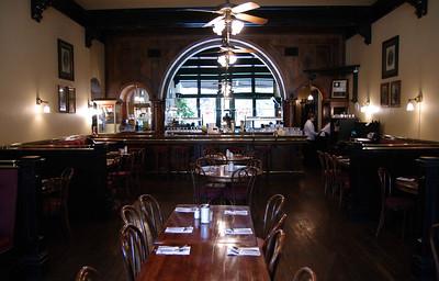 Wallace Bar