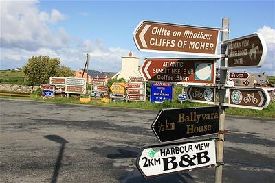 Bewegwijzering Doolin, Ierland.