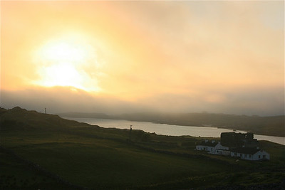 Zonsondergang Sky Road. Clifden Bay, Ierland.