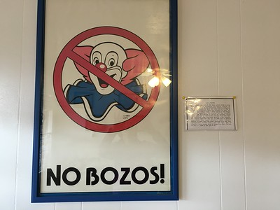 No Bozos sign in Mossyrock restaurant