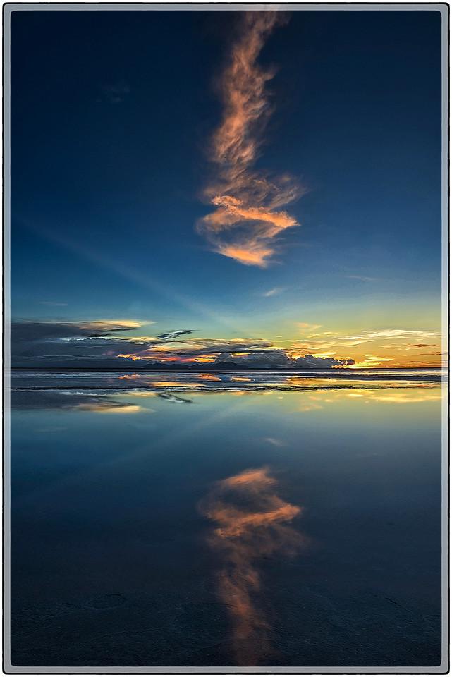 Cono de Nubes, Salar de Colchani