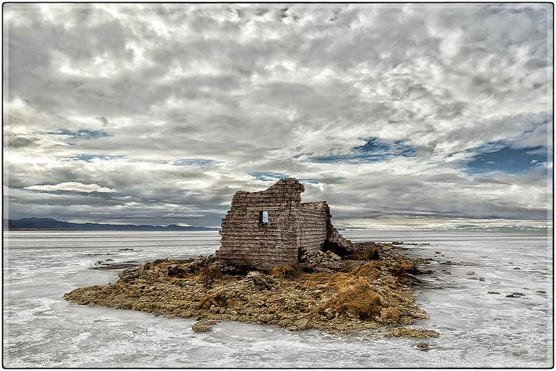 Ruinas,  Salar de Colchani