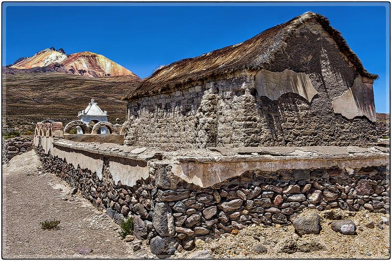 Iglesia Antigua en El Volcan Tunupa