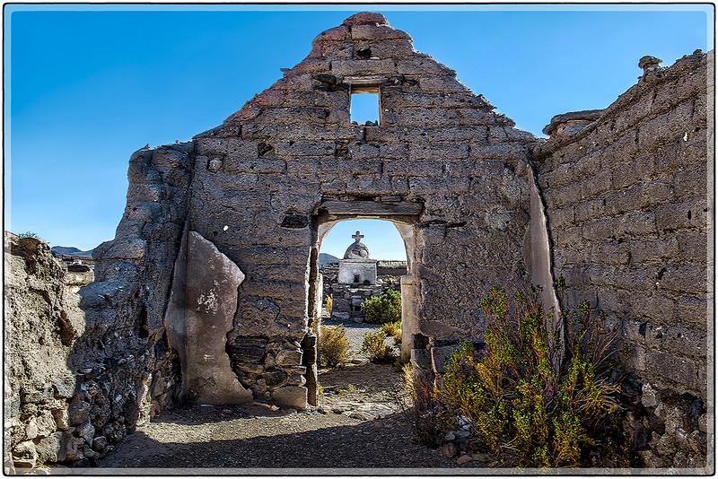 Ruinas de Una Iglesia, Comunidad en El Volcan Tunupa