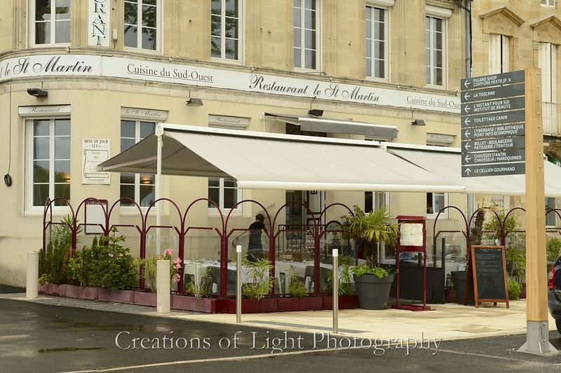 Cafes Shops Restaurants 29
