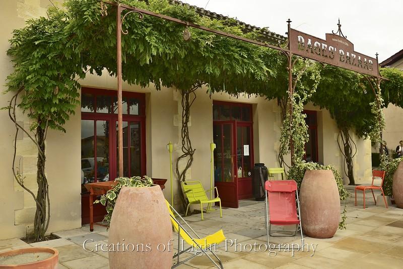 Cafes Shops Restaurants 32