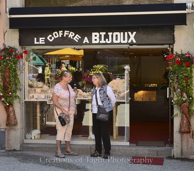 Cafes Shops Restaurants 60