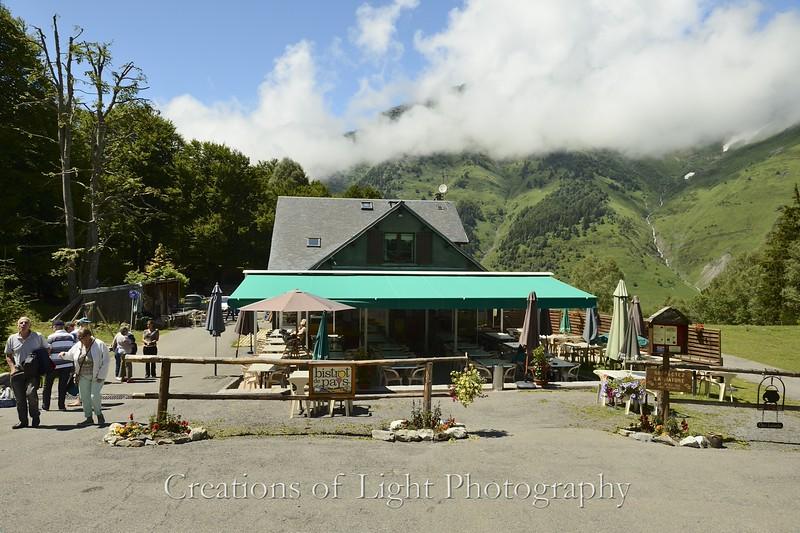 Cafes Shops Restaurants 56