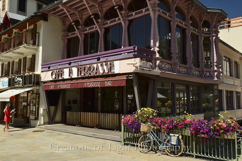 Cafes Shops Restaurants 66
