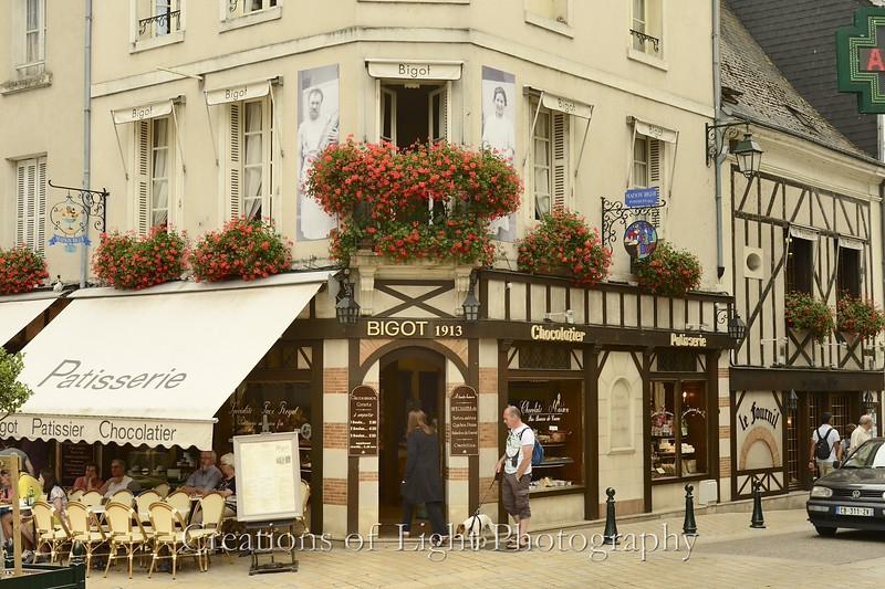Cafes Shops Restaurants 16
