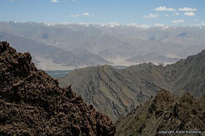L 02 Spituk-Stok trek_020 Indusvallei vanop Stok La