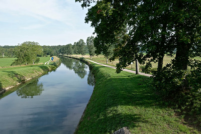 Canal tranquille vers Vereux