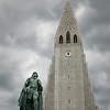 Leif Eriksson in front of Halgrims Kirkja
