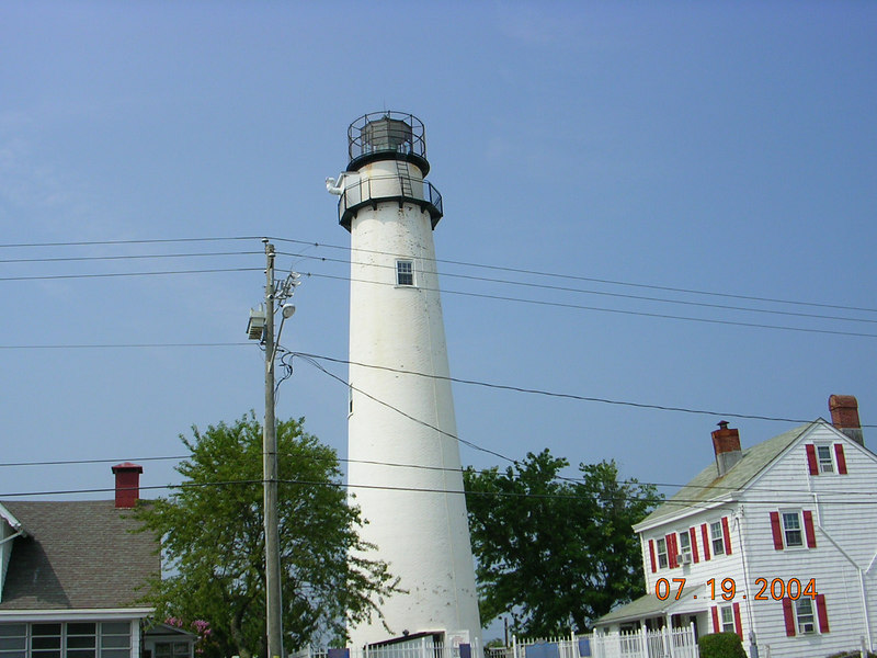 <h2>Dixieland</h2>This lighthouse (#2) marks the state border between Delaware and Maryland and the Mason-Dixon Line. This also marks my drive by of Ocean City, MD. I've been there and done that.