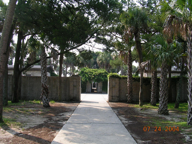 <h2>Atalaya Castle</h2>This wonderful structure was also found at Huntington Beach State Park.  Built during 1931-1933. By Archer Huntington, a noted authority on Spanish history.  He designed the home from memory after the Moorish architecture of the Spanish Mediterranean Coast.