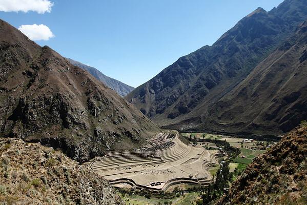The first Inca Ruins we saw - Willkarakay