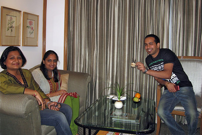Mili, Gaya, Rafi in my New Delhi Hotel room