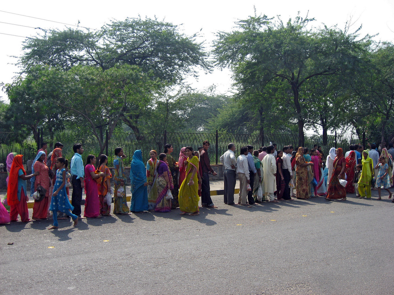 Long queue of folks waiting to enter the Lotus Temple